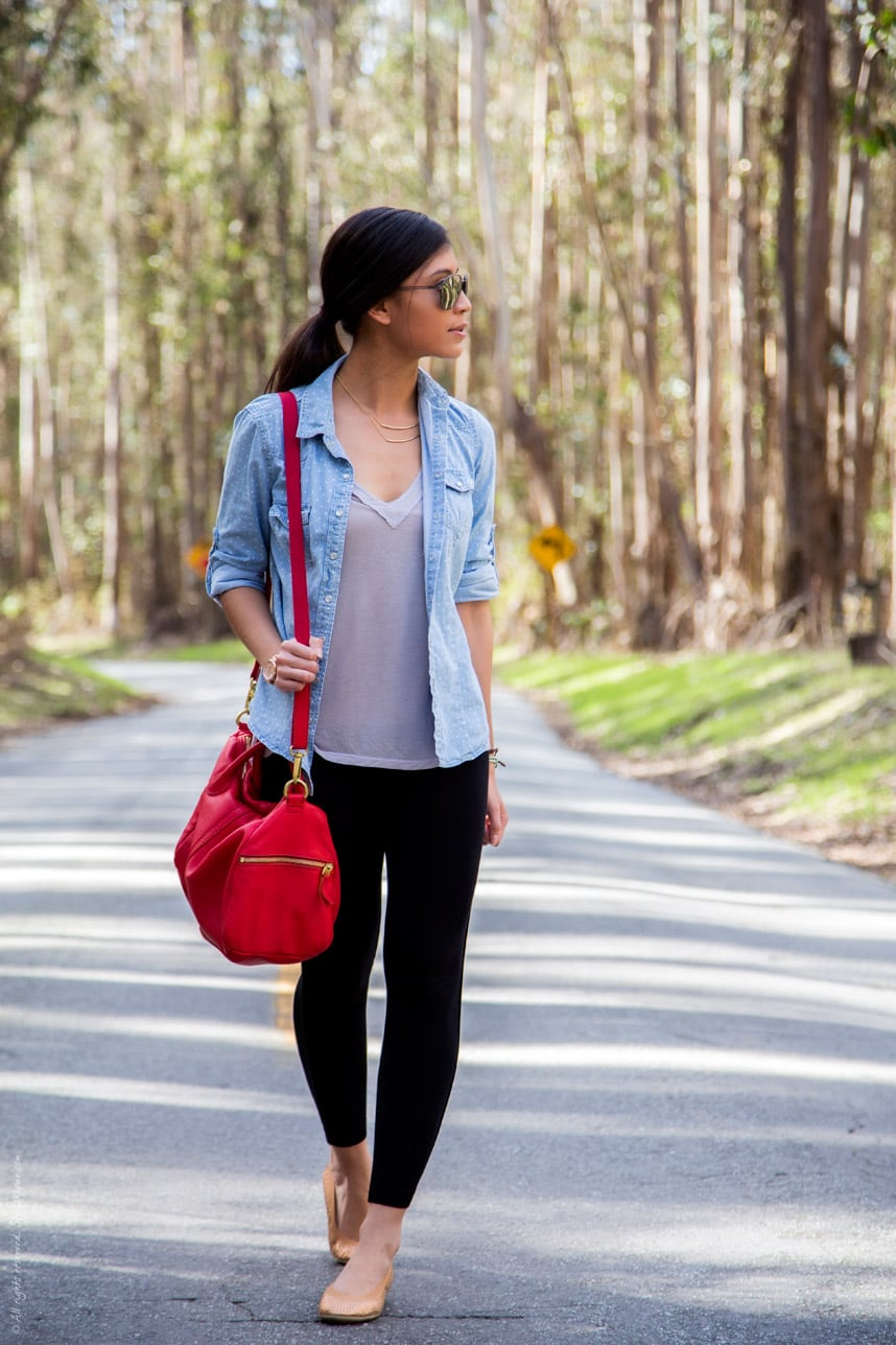 comfortable stylish road trip outfit - Stylishlyme.com