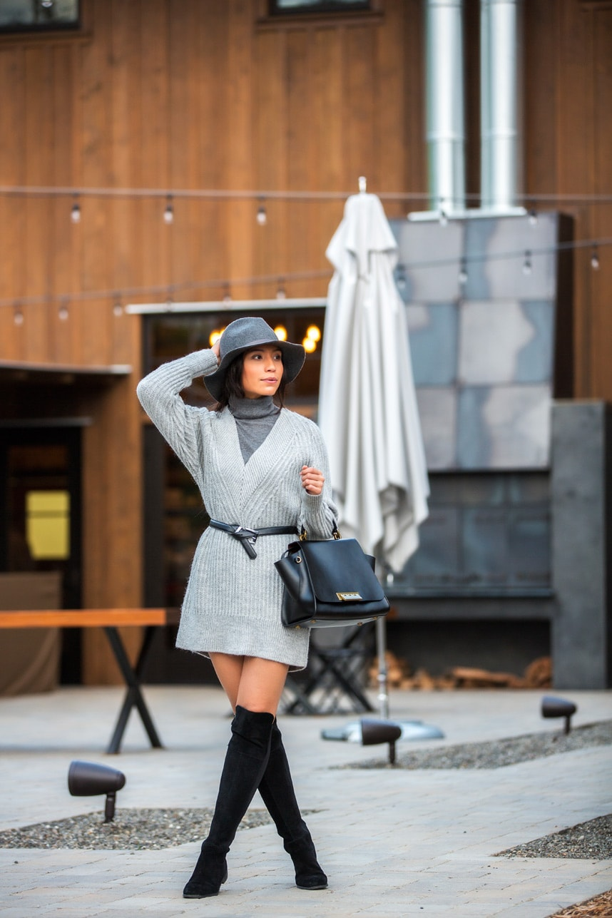turtleneck sweater dress - Visit Stylishlyme.com to read some style tips on how to wear a sweater dress