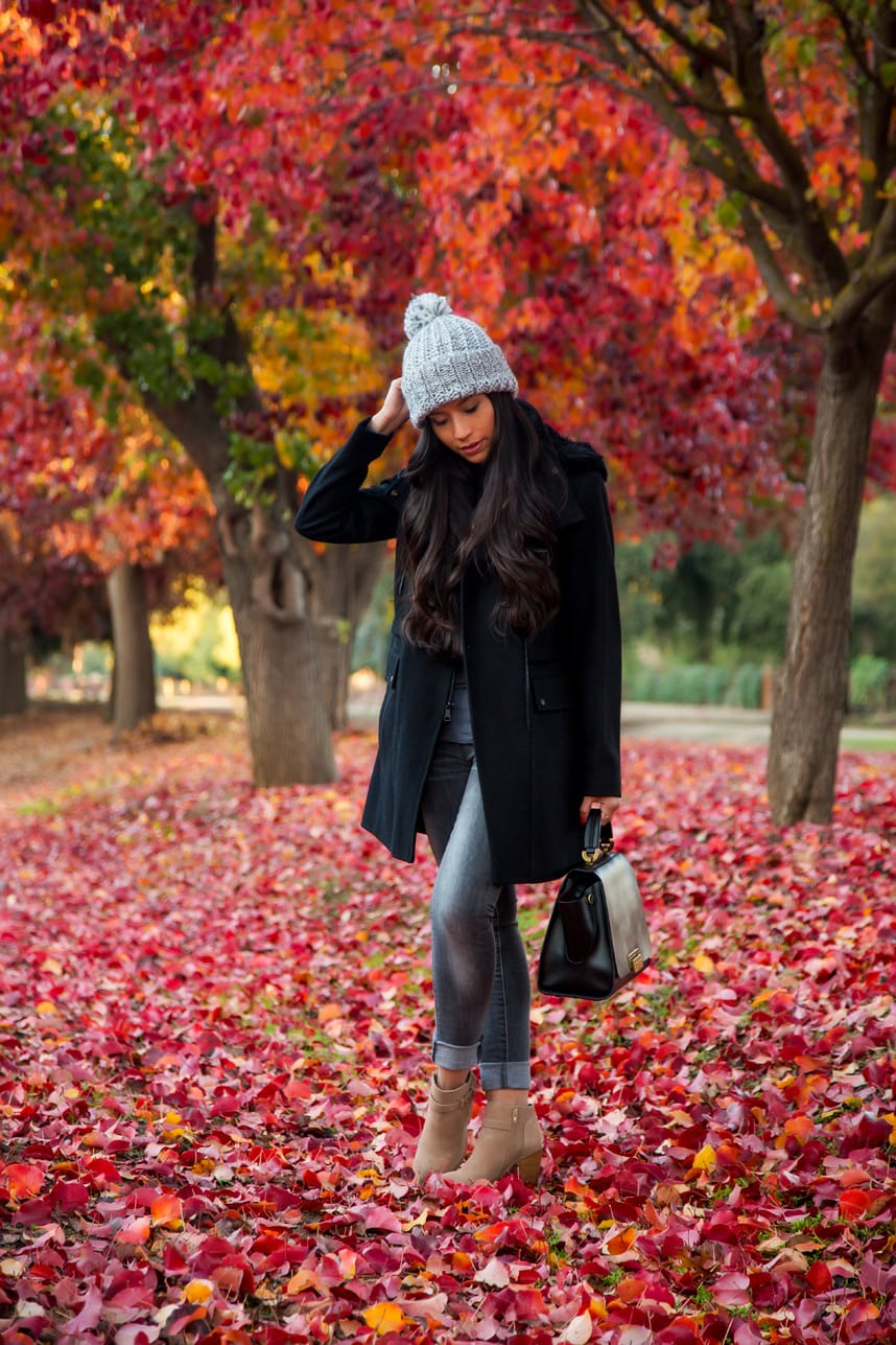Cute Fall Outfit- Visit Stylishlyme.com to view what are the three fall essentials that will make you outfit 10x more stylish