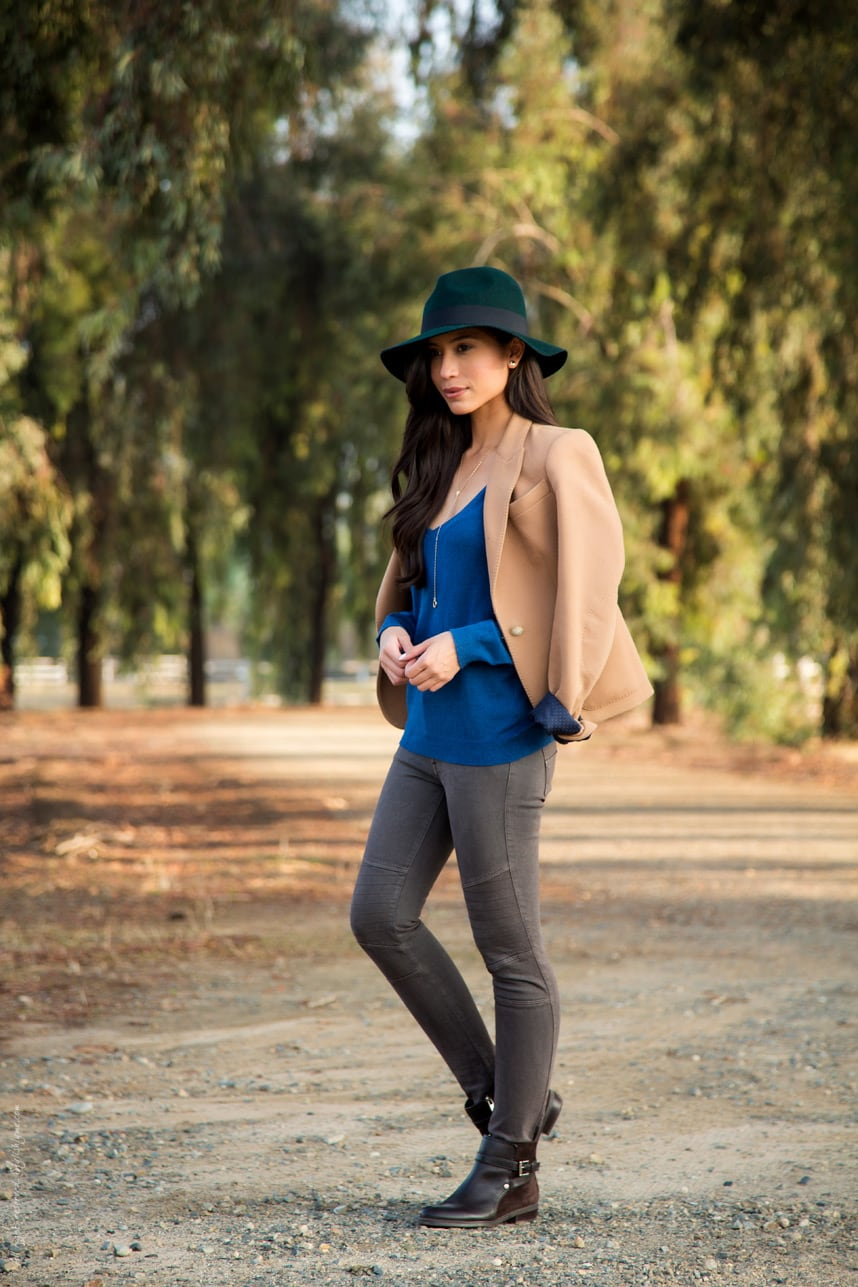 A Stylish Way to Wear a Hat this Fall - Visit Stylishlyme.com for more outfit inspiration and style tips