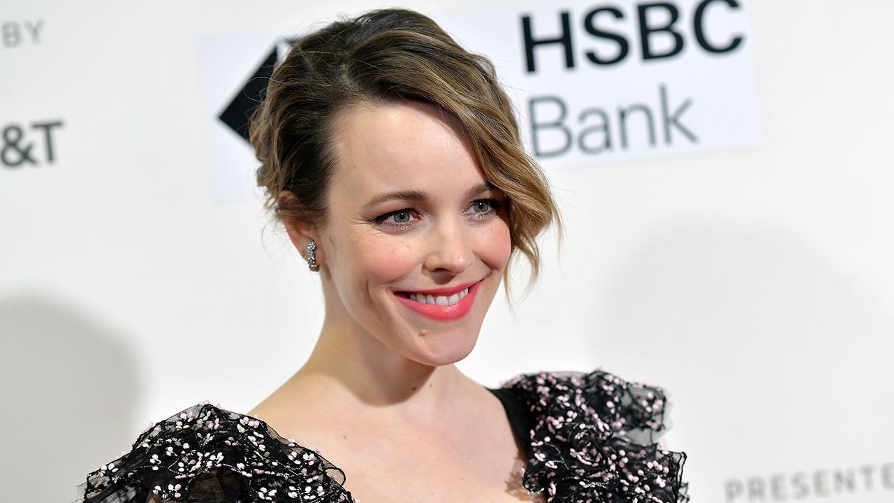 pregnant celebs 2020: Rachel McAdams poses on a red carpet
